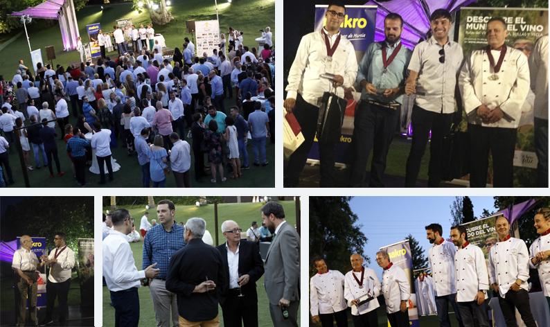 Distintos momentos de la Gala de Jecomur en la que se entregaron los premios a los jóvenes cocineros de la Región