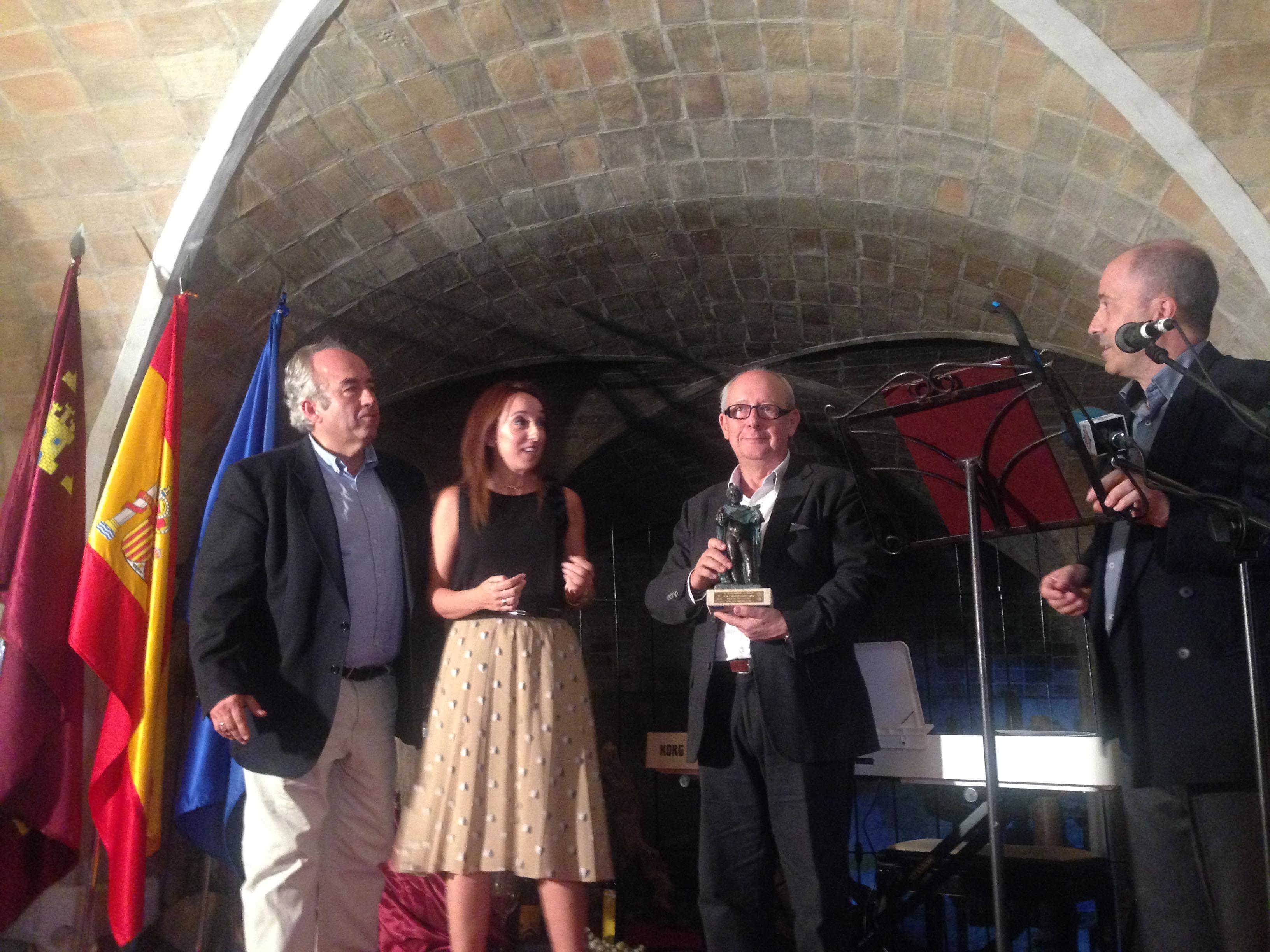 Francisco Carreño, María Dolores Muñoz, Pachi Larrosa y Salvador Martínez, durante el acto celebrado e el Curso del Vino.