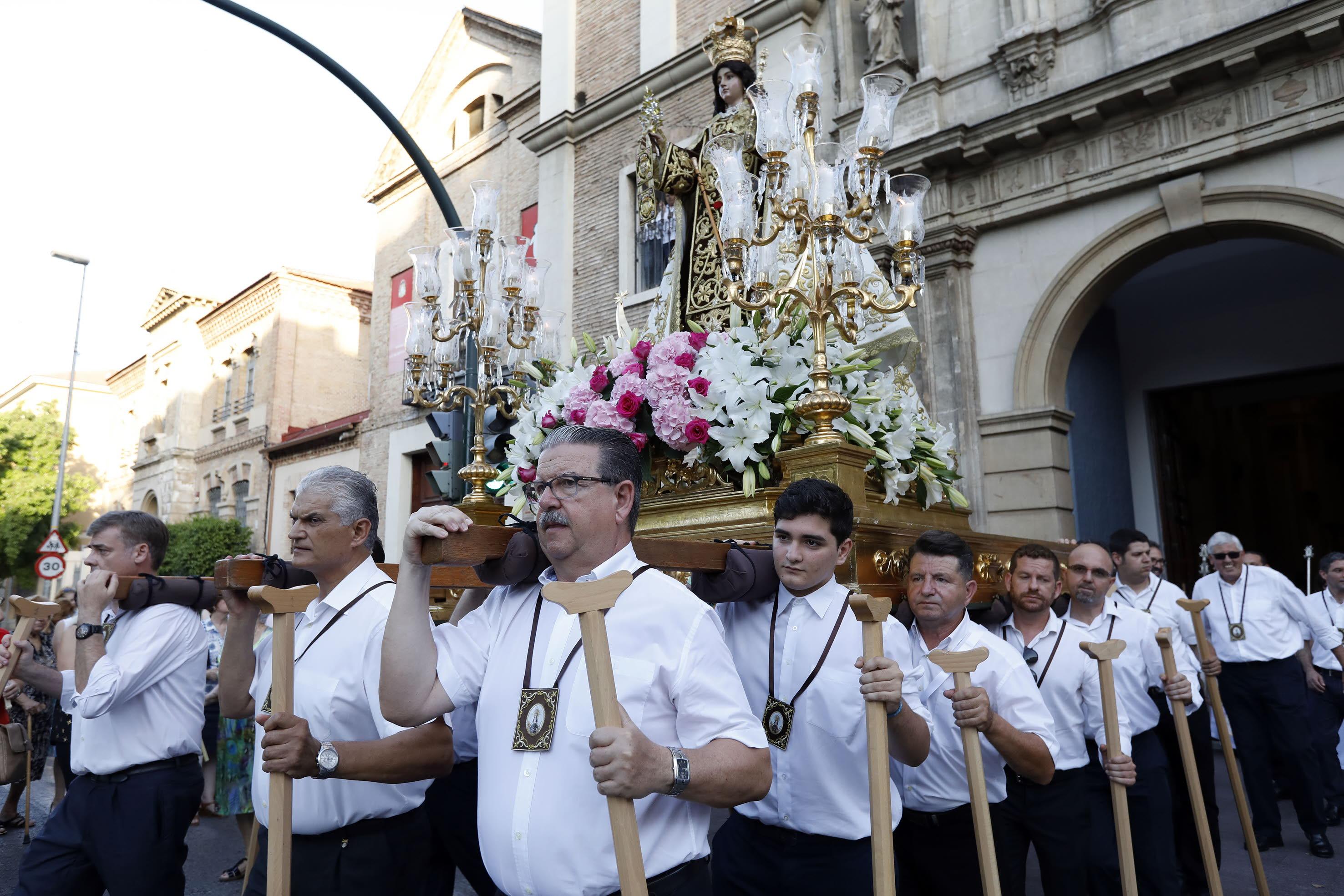 16-07-17 PROCESION DE LA VIRGEN DEL CARMEN EN EL BARRIO DEL CARMEN