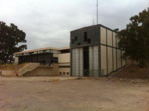 Edificio principal de la subestación eléctrica de Lorca. / F.J.F.G.