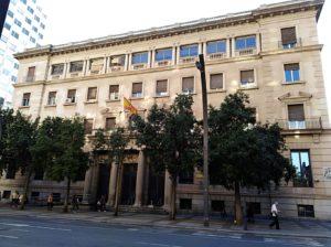 Fachada de la sede de Hacienda, en la Gran Vía de Murcia. / M. RUBIO